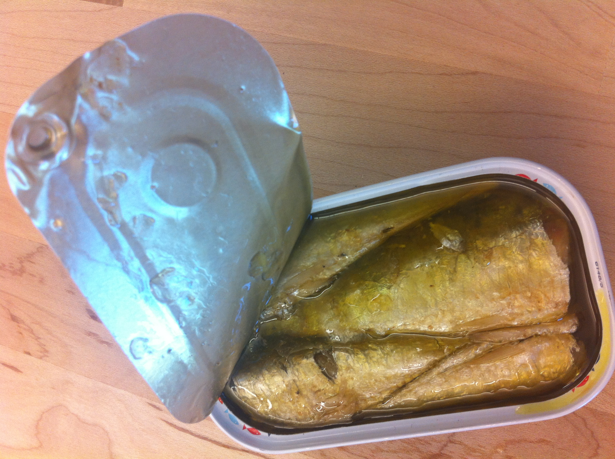 can of sardines